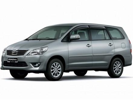 Toyota Innova 2.0